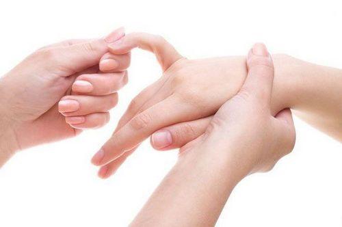 Как правильно делать массаж рук